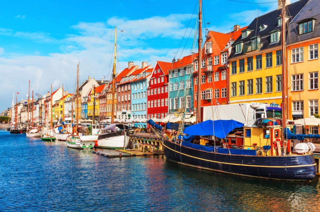 <p>Köpenhamn i sommar kan bli dyrt om du bestämmer dig i sista minuten.<br></p>