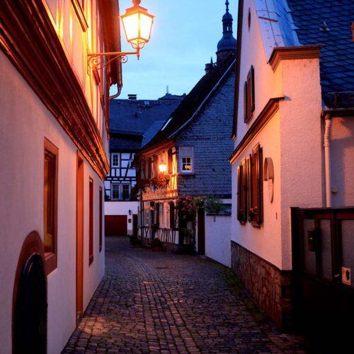 Eltville är mindre turistigt än grannen Rüdesheim