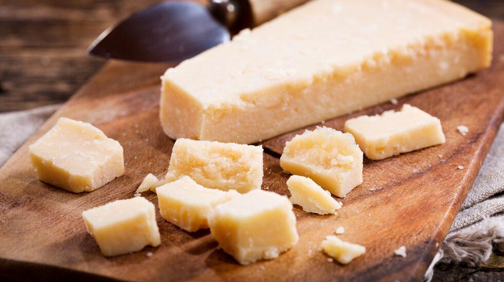 De som hade tre olika intag av mejeriprodukter om dagen verkade gynnas bäst; i studien nämns tillexempel två ostskivor, fet yoghurt och mjölk varje dag.