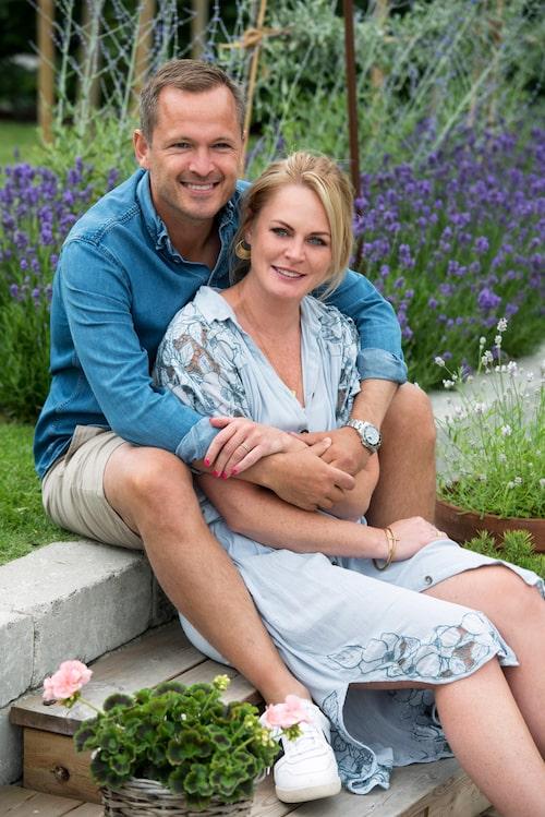 Mikaela och Niels har båda två barn vardera från tidigare förhållanden och ville skapa ett gemensamt hem där alla barn kunde känna sig hemma varannan vecka.