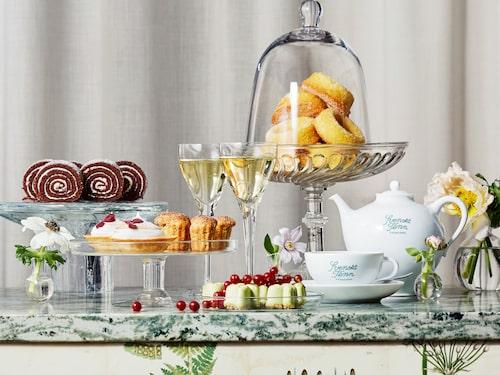 Svenskt Tenns afternoon tea-meny är fast och baserad på ekologiska råvaror.