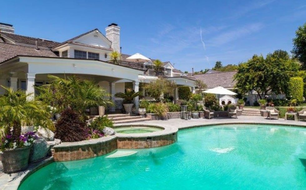 Huset ligger i Hidden Hills i Los Angeles. Jennifer köpte det tillsammans med ex-maken Marc Anthony 2010. Foto: toptenrealestatedeals.com