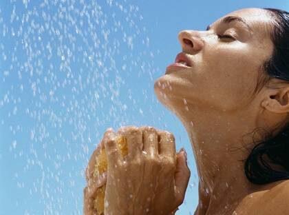 Lär känna din kropp när du duschar.