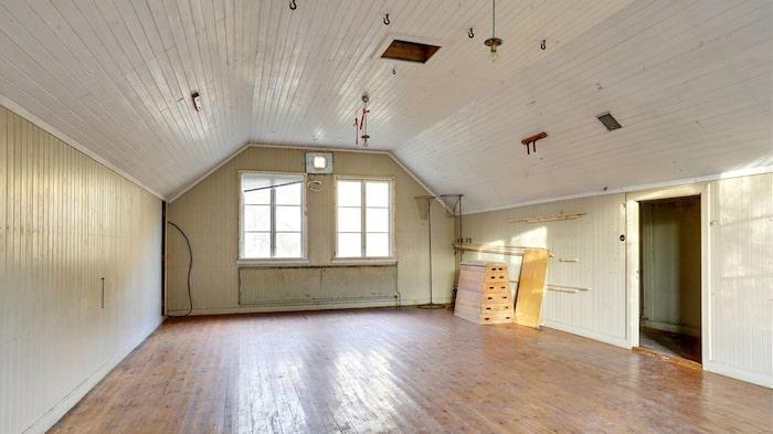 På övervåningen fanns den gamla gymnastiksalen.