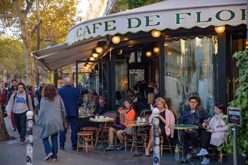 Kaféet är för fransmannen vad röda stugan framför insjön är för svensken.