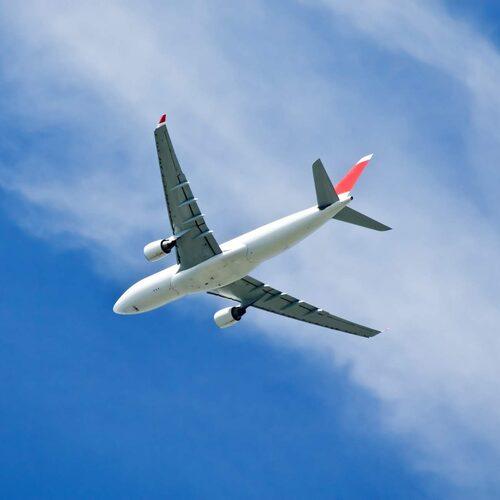 Du är till och med säkrare i luften än i alla andra transportmedel.