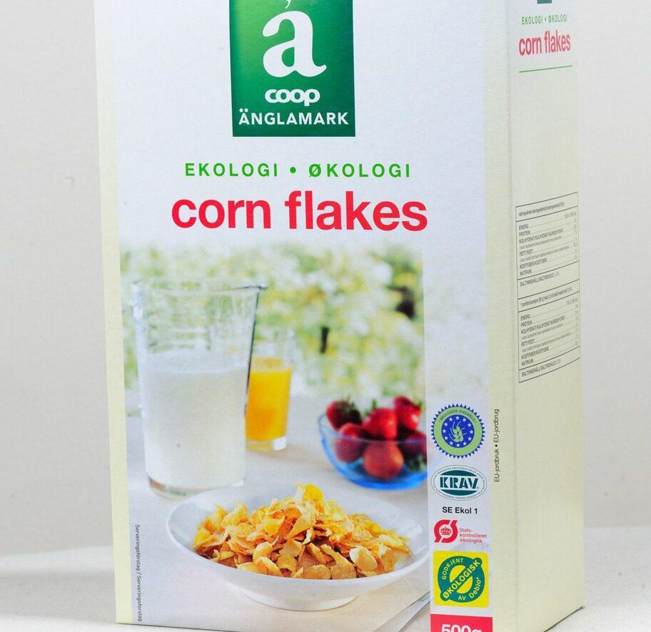 2 getingar. Märke: Cornflakes, Änglamark, Coop. Pris: Cirka 23 kronor för 500 g. Ulrikas omdöme: Bra med relativt låg sockermängd, men majs har högt GI och påverkar blodsockret snabbt!