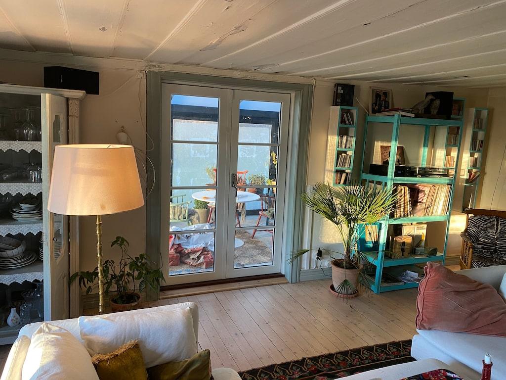 Huset är på omkring 150 kvadratmeter plus en glasveranda på 20 kvadrat.
