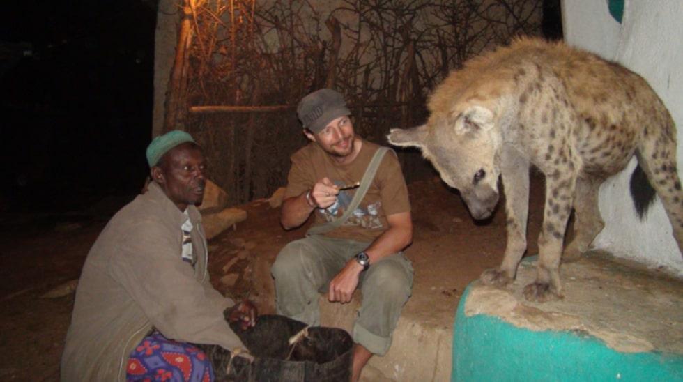Eddie har även träffat en vild hyena i Etiopien.