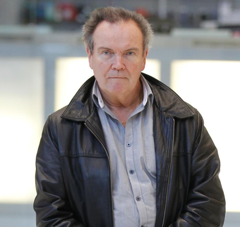 Stefan Israelsson, 62, läkare, Karlskoga:- Nej, har inget behov. Väl sammansatt kost här i Sverige är tillräckligt