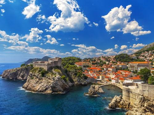 Dubrovniks ringmur har fem portar och Pileporten är den vanligaste entrén in till staden.