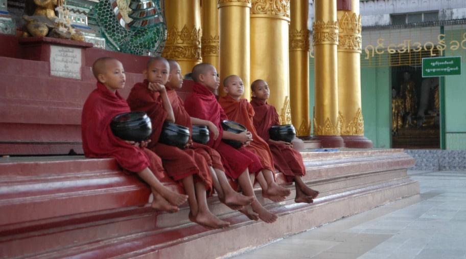Burma har länge varit en paria i omvärldens ögon, men sen några månader har en demokratiprocess inletts.