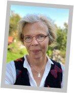 Karin Sjögren, tandläkare med doktorsexamen i cariologi, läran om karies.