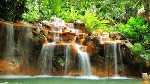 Runt omkring vulkanen Arenal finns varma källor som man kan bada i.