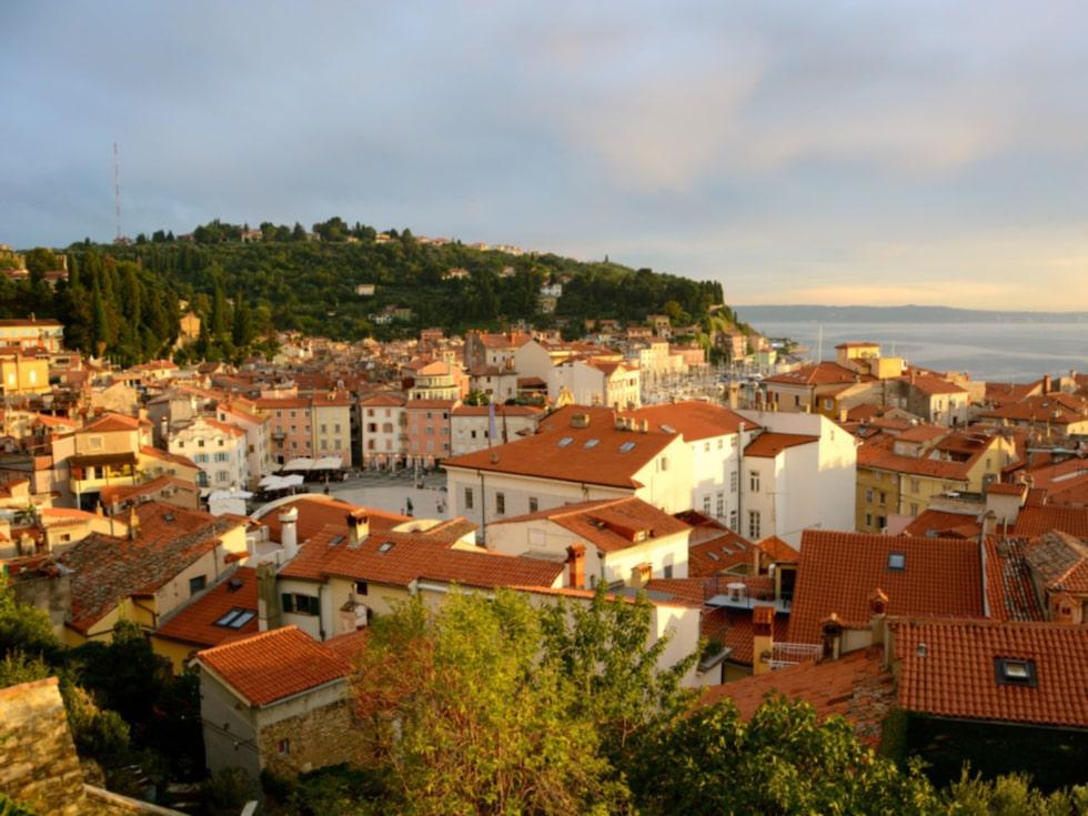 Denna lilla medeltidsstad påminner om Venedig.