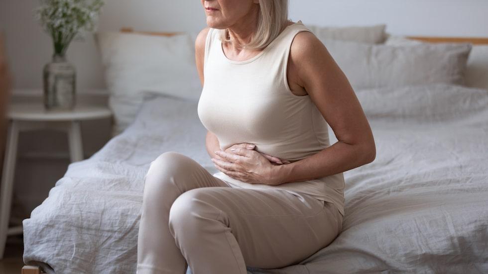 Candida kan leda till många olika besvär över hela kroppen – bland annat en orolig mage.