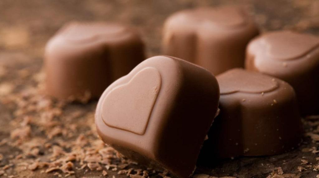 För den som inte kan få nog av det syndigt goda finns massor av härliga platser att fira chokladens dag på.