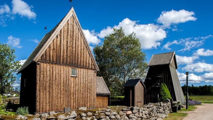 Hedareds stavkyrka i Västergötland.