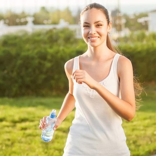 Stressträna inte. Medelintensiv konditionsträning under lång tid kan få stresshormonet kortisol att öka i kroppen.