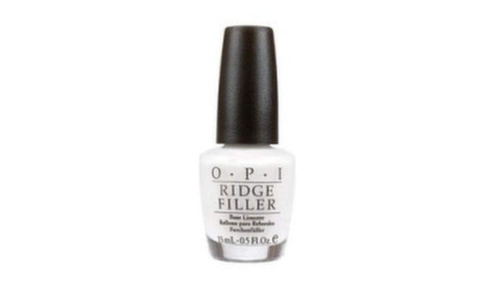 "Naturell, vit färg, ""Ridge Filler"", OPI, <a _mce_href=""http://www.lyko.se/opi/opi-ridge-filler"" href=""http://www.lyko.se/opi/opi-ridge-filler"">150 kronor, Lyko.se.<br></a>"