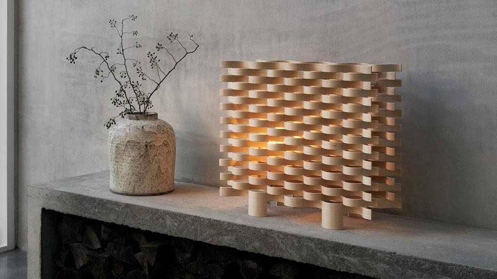 Lampa Pile 58x64 centimeter, 8 775 kronor, design Matti Klenell för Swedese.
