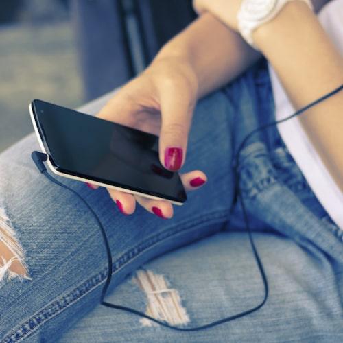 Du slänger väl inte din gamla mobil eller dina gamla jeans?