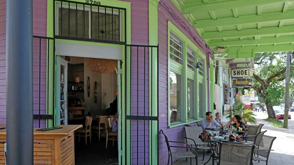 New Orleans och Louisiana glömmer inte sitt franska arv. De franska liljorna är en symbol för staden.