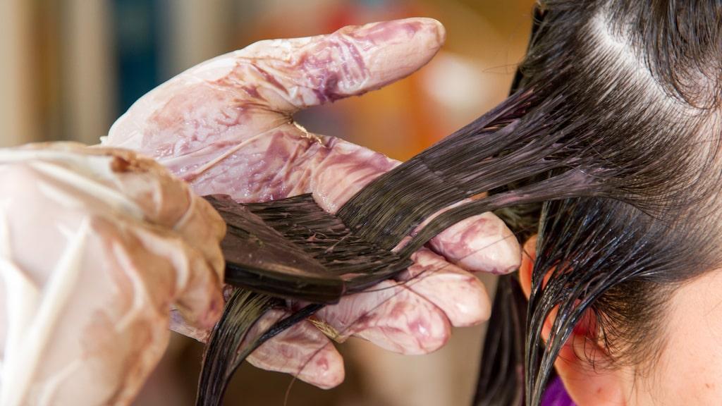 I vissa fall är det en god idé att söka professionell hjälp hos en frisör.