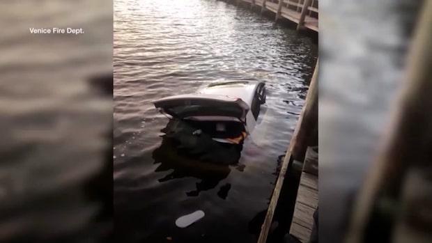 Körde ner havet - räddades i sista stund