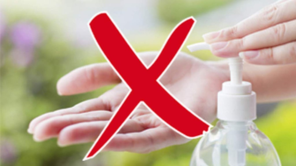 """<p>""""Handsprit har endast effekt mot bakterier. Så det kan ju vara relevant i länder som Indien eller Egypten, där det förekommer bakteriella infektioner"""" säger Agnes Wold, överläkare och professor i klinisk bakteriologi vid Sahlgrenska akademin i Göteborg.</p>"""