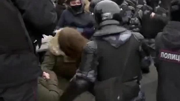 """Uppmaningen till Sverige: """"Måste agera kraftfullt mot Ryssland"""""""