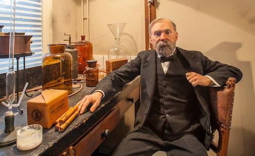 Alfred Nobel hade sin bas i Karlskoga under flera år före sin död.