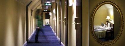 """Det är rena """"The shining""""-vibbarna på Grand hotels femte plan. KvP:s reporter Frida Bergsten vågade sig dock på att testa Helsingborgshotellets skräckvåning – och det blev en sömnlös natt."""