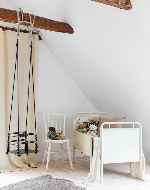 Dottern Liv delar än så länge sovrum med mamma och pappa, men så småningom kommer det stora sovrummet att delas av så att hon får ett eget rum.