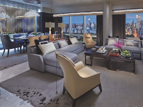 Suite 5000 på Mandarin Oriental i New York.
