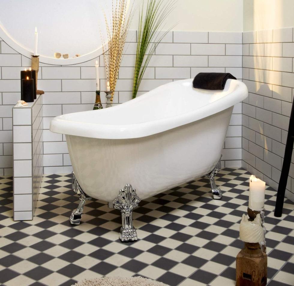 Fristående badkar Lewis i sanitetsakryl, 155x73 centimeter, 4 995 kronor, Skånska byggvaror.