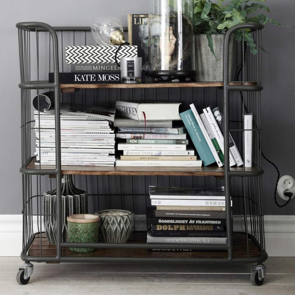 Mobila möbler är jättebra i mindre hem. Flytta dem dit de behövs för stunden.