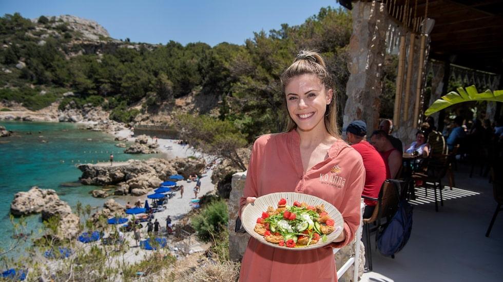 Sofi Kavousanaki är servitris på Rhodos.