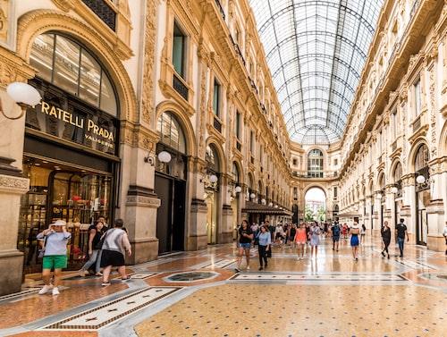 Shop until you drop i italiens modemecka. Galleria Vittorio i Milano.
