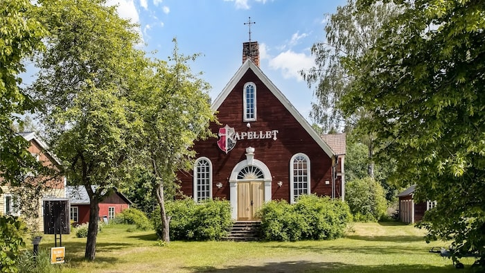 Baptistförsamlingen uppförde kapellet, som då var betydligt mindre, för 122 år sedan.