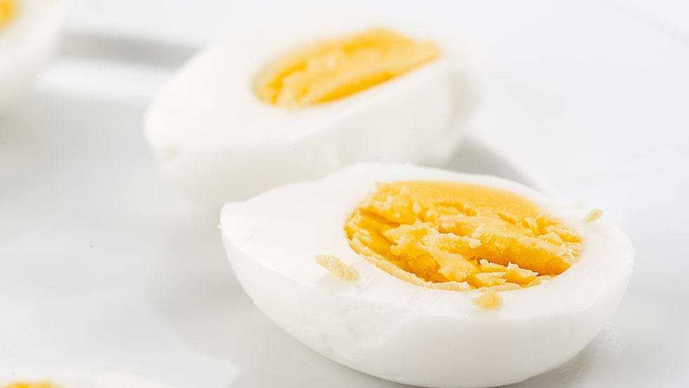 Nyligen genomförde en grupp svenska forskare en mindre studie om vilken frukost som mättar bäst. Vilken som vann? Gissa.