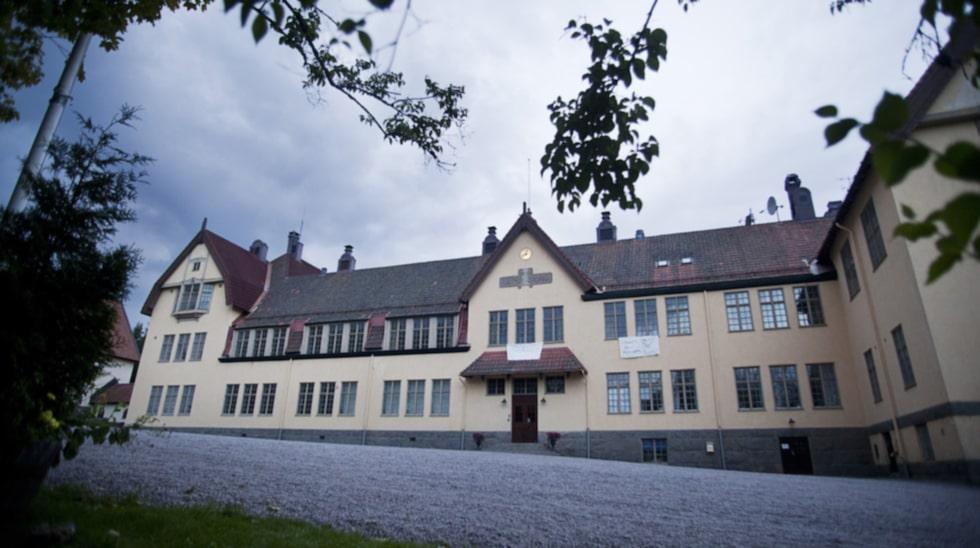 Storfors, där skolan Lundsberg ligger, är en av flera tråkiga värmländska kommuner enligt listan.