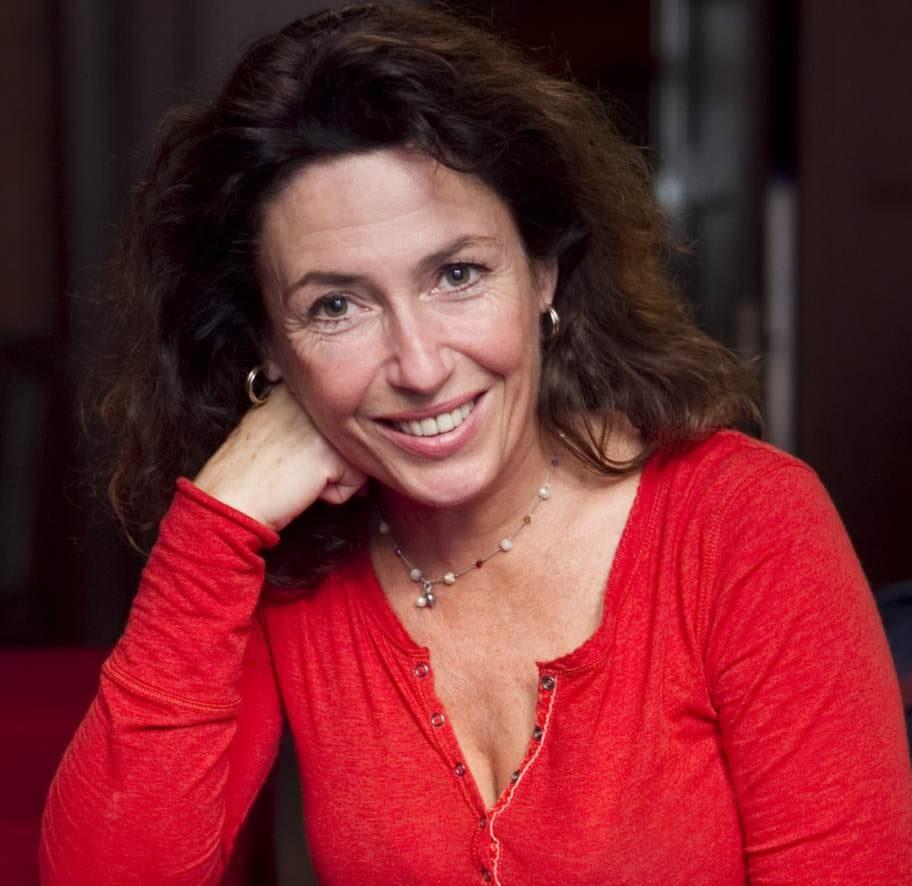 ...skådespelerskan Jessica Zandén.