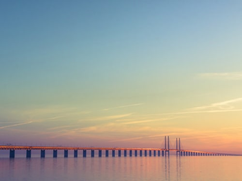Vägen över Öresundsbron är magiskt vacker.