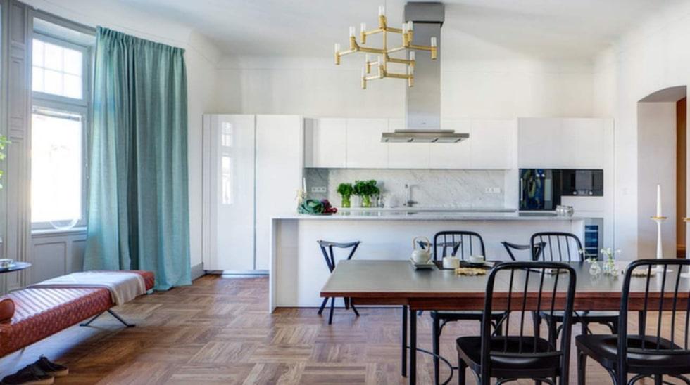 Bara inredningen i den här lägenheten på 222 kvadratmeter kostar tre miljoner kronor.