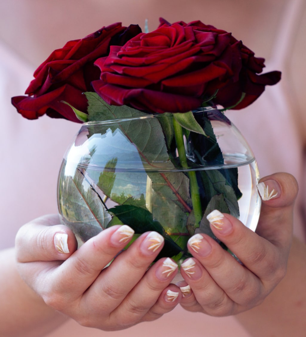 Rosensymboliserar kärlek, romantik, skönhet och perfektion.