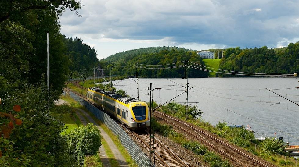 Upplev vackra Sverige med tåg i sommar.