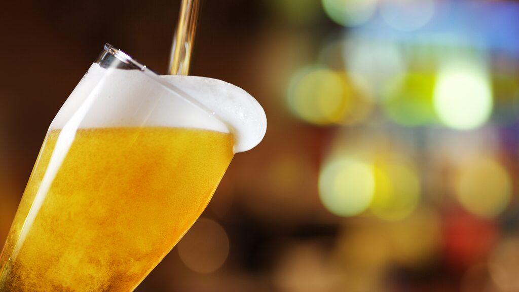 Framåt helgen är det många som blir sugna på en öl. Allt om Vins experter tipsar om flera höjdare.
