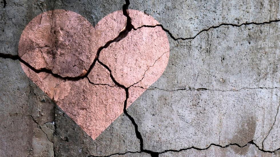 Det kan göra lika ont även om du bara varit förälskad på håll.
