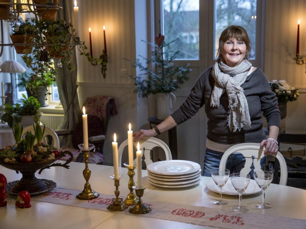 Pyntat & klart. Hemma hos Britt är det stämningsfullt till jul med rustika antikviteter och söta detaljer.